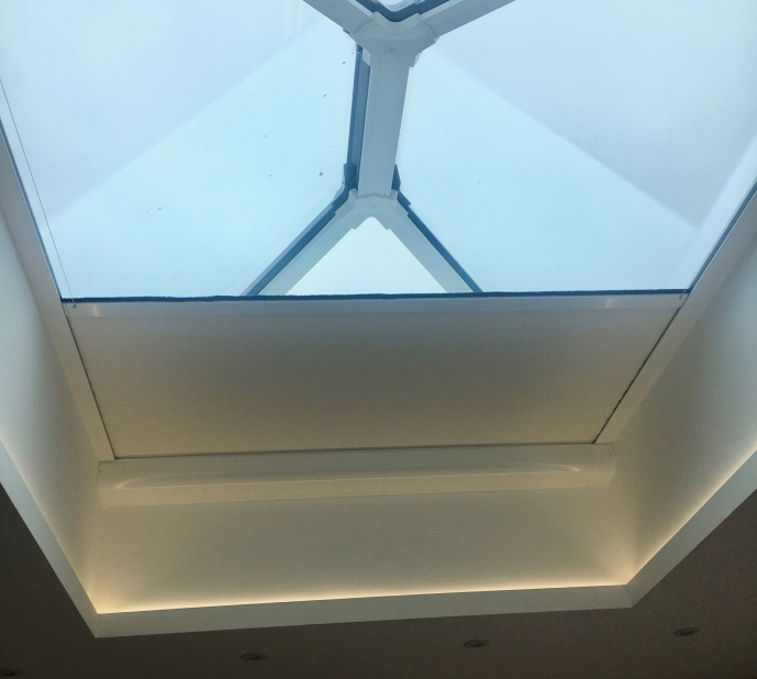 Roof lantern with subtle lighting in ceiling alcove